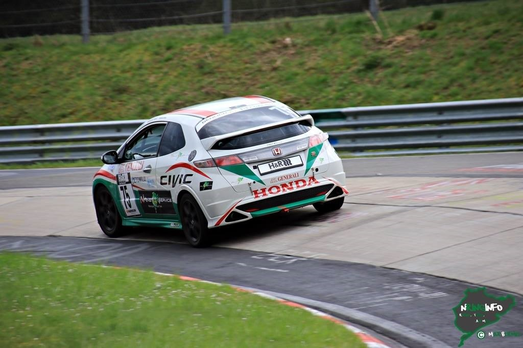 HONDA CIVIC TYPE R - RACE CAR